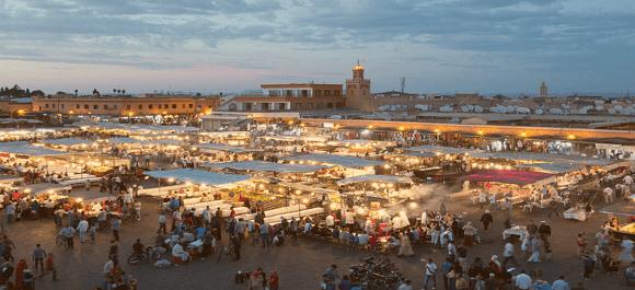 Plaza de Jemaa el Fna una de las grande maravillas de Marrakech y de todo Marruecos