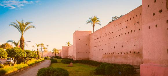 Las murallas de la medina de Marrakech una de las más grandes de Marruecos