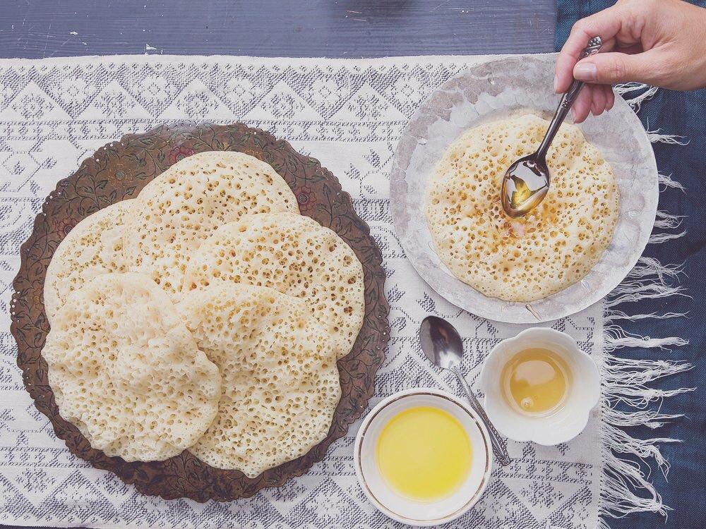 Baghrir por un desayuno energetico marroqui. No olvides poner miel